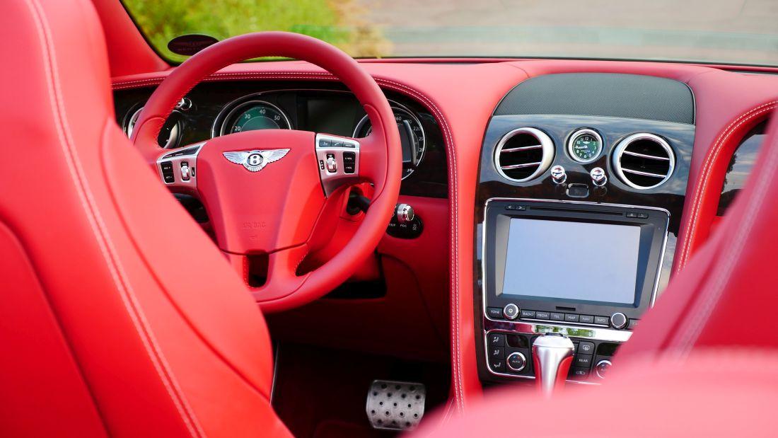 BentleyContinentalGTConvertible_GTC_Autogefuehl008