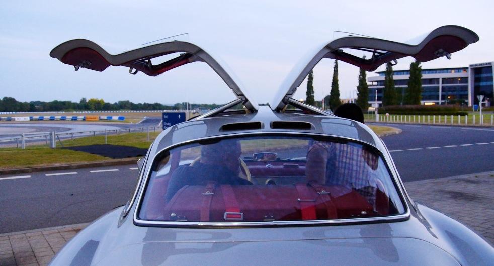 Mercedes300SL_Autogefuehl001