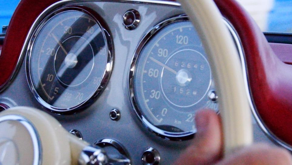 Mercedes300SL_Autogefuehl003