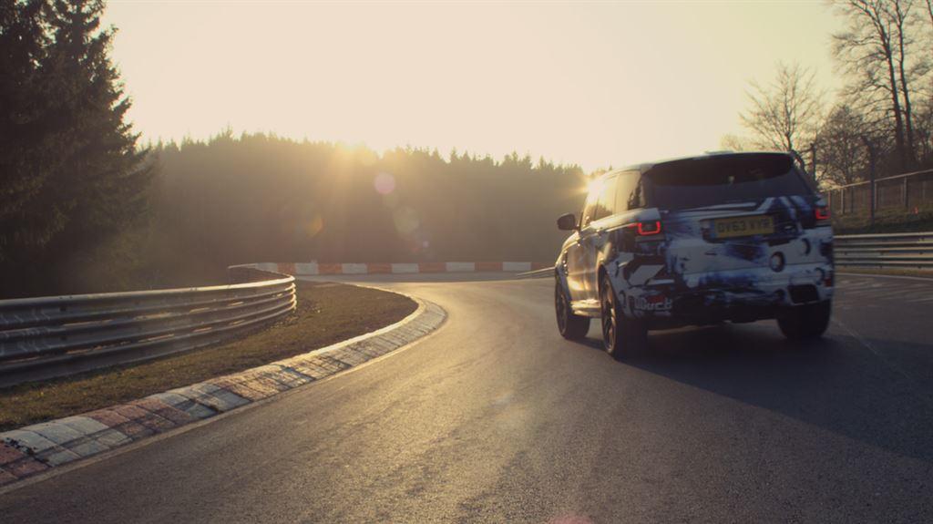 RangeRoverSportSVR_nuerburgring