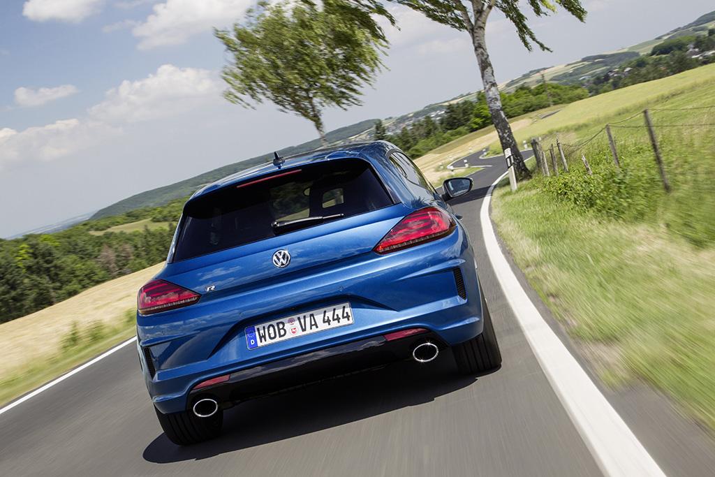 VW_SciroccoR_Facelift_Autogefuehl002