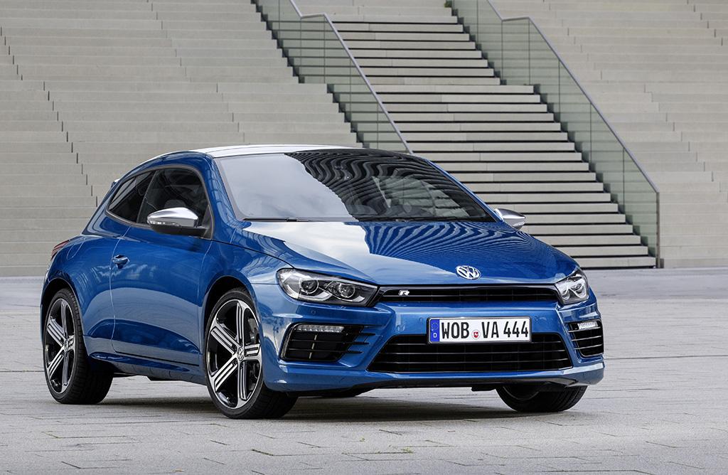 VW_SciroccoR_Facelift_Autogefuehl003