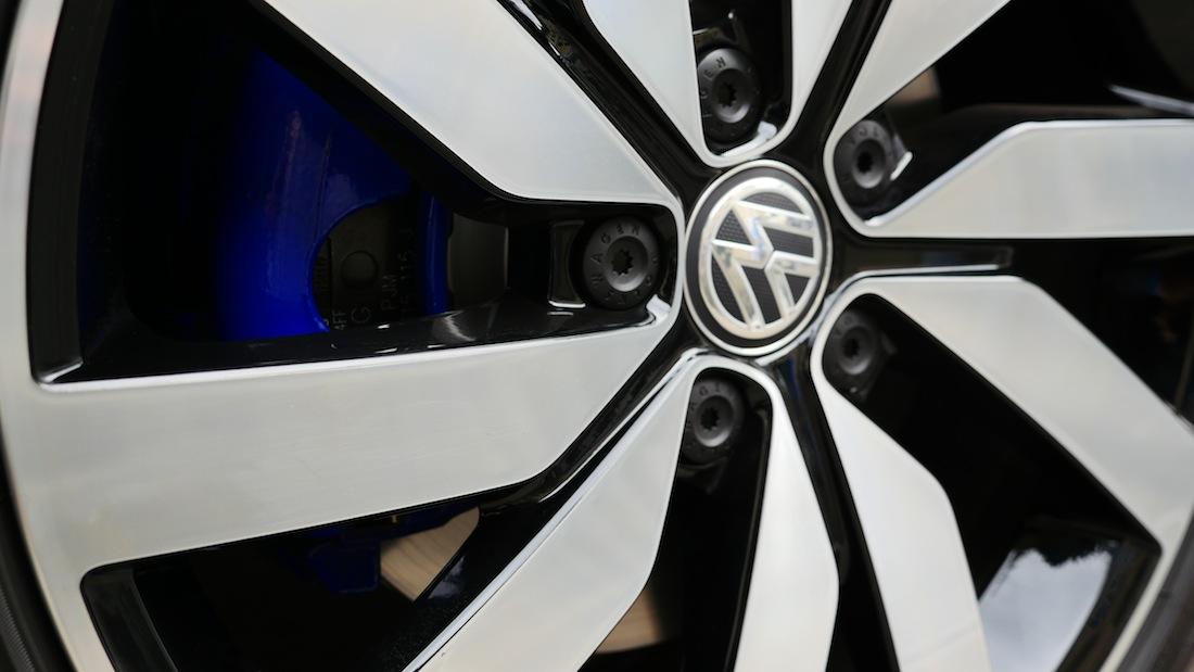 VolkswagenGolfGTE_PluginHybrid002