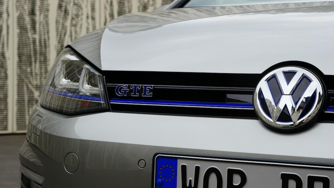 VolkswagenGolfGTE_PluginHybrid004