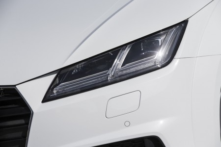 2015_AudiTT_Coupe001