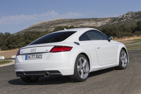 2015_AudiTT_Coupe002