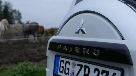 MitsubishiPajeroMontero_Edition30_005