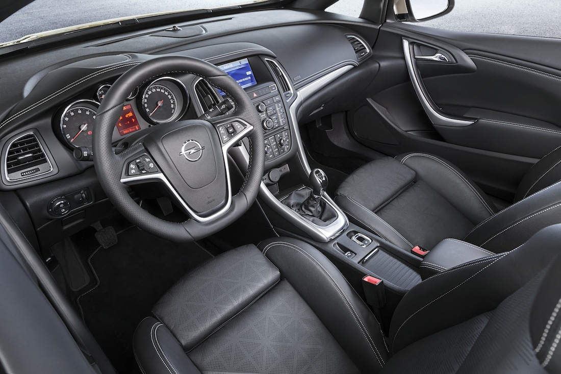 Opel-Cascada-282250