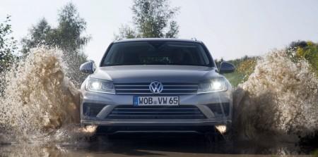 VolkswagenTouaregFacelift2015000
