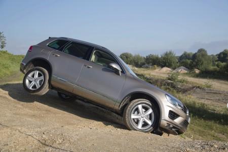 VolkswagenTouaregFacelift2015001