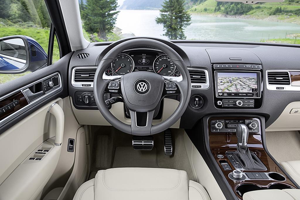 volkswagen touareg facelift 2015 testbericht autogef hl. Black Bedroom Furniture Sets. Home Design Ideas