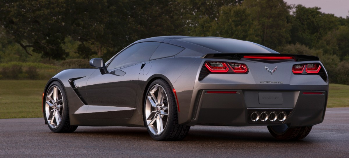 Chevrolet-Corvette-Stingray-282785-medium