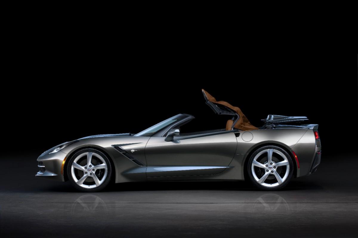 Chevrolet-Corvette-Stingray-Convertible-274990-medium