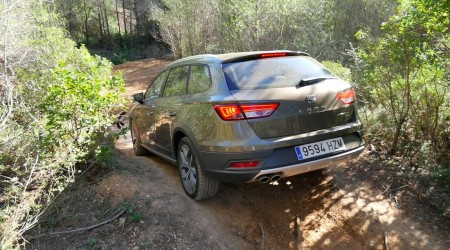 SeatLeonX-Perience_offroad_estate021