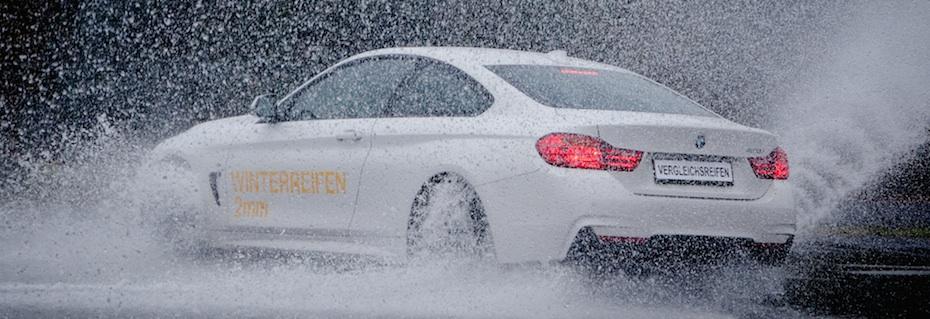 BMW_drift_rain
