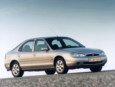 Ford Mondeo Ghia, 1998, 2. Generation von 1996 bis 2000, Foto: Ford