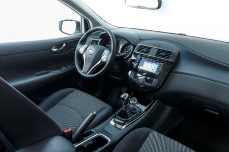 Cockpit des Nissan Pulsar nochmal im Überblick - Foto: Nissan