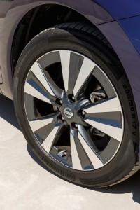 Die 17-Zöller sind beim Acenta Bestandteil eines Optik-Pakets - Foto: Nissan