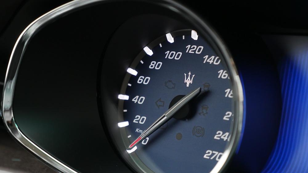 Maserati_quattroporte_detailsInterior002