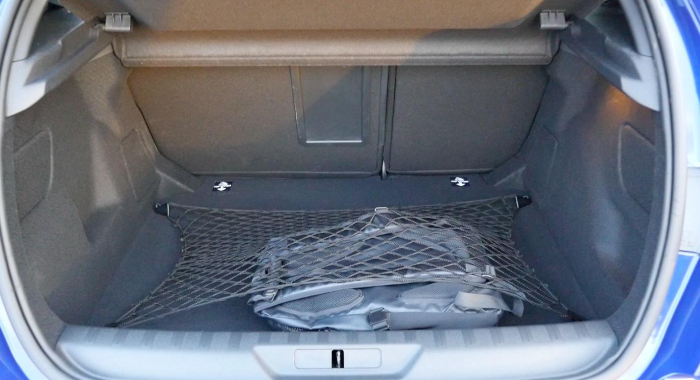 Peugeot308_GT-Interior005