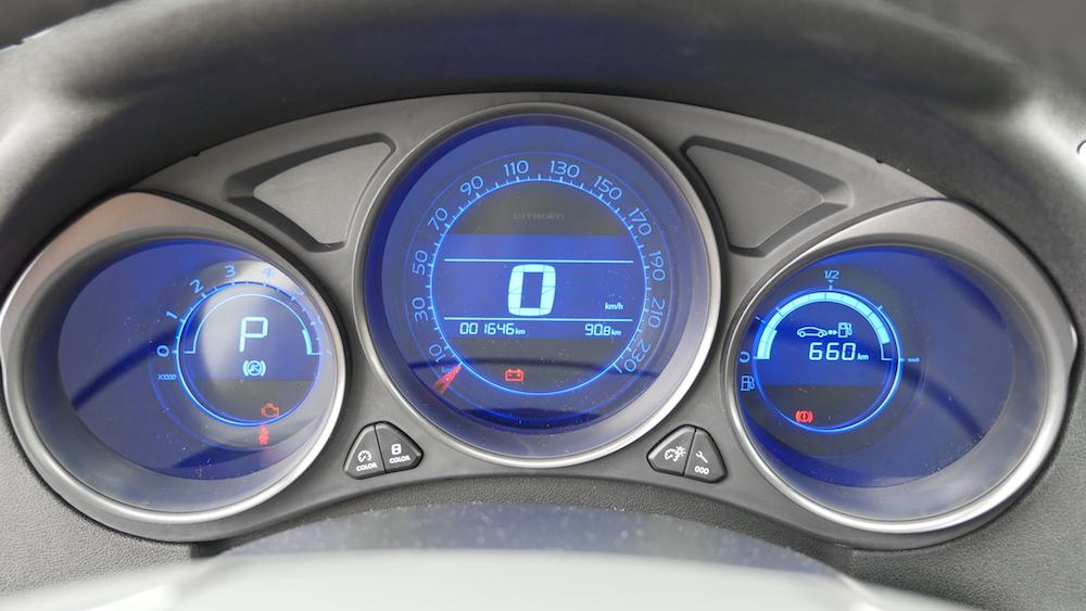 CitroenC4_Facelift2015_autogefuehl_016