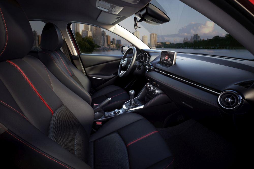 Mazda2_2015_Autogefuehl_014