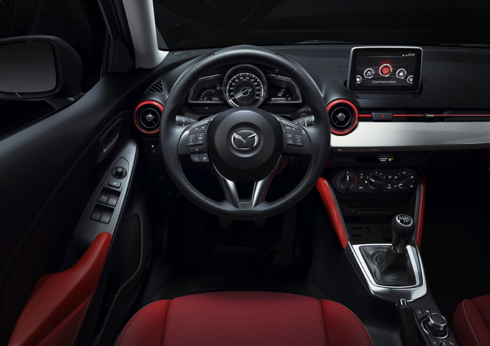 Mazda2_2015_Autogefuehl_016