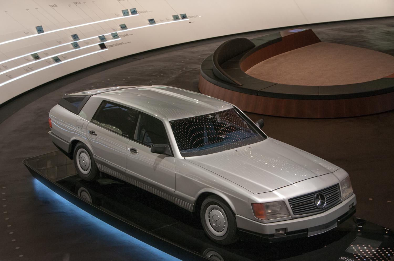 MercedesMuseum_003