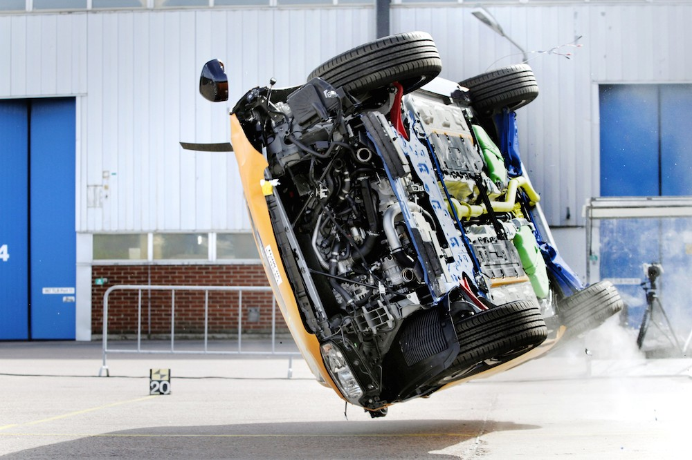 The all-new Volvo XC90 – rollover crash test