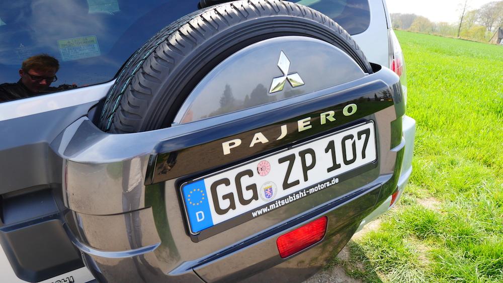 MitsubishiPajero_3tuerer_autogefuehl002