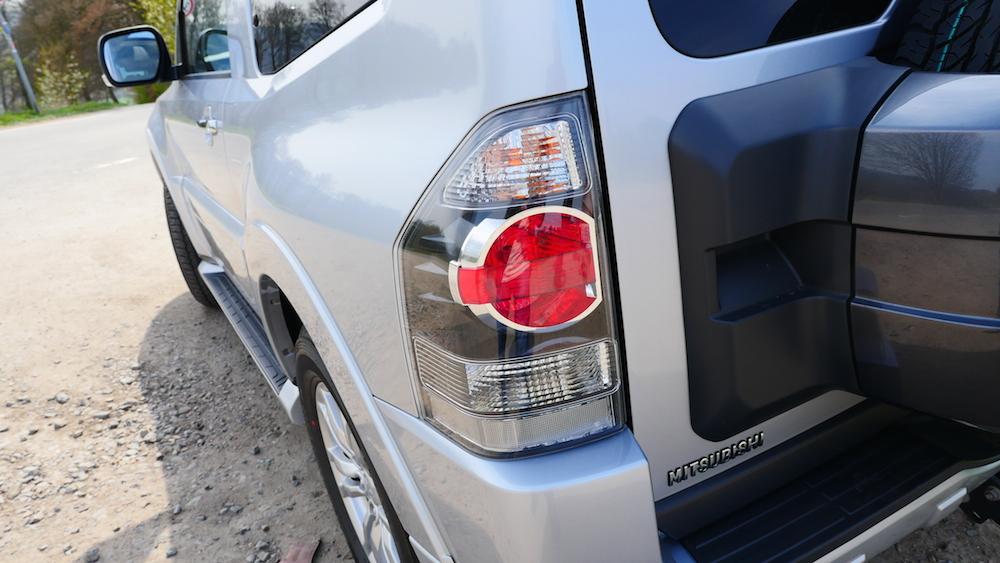 MitsubishiPajero_3tuerer_autogefuehl003