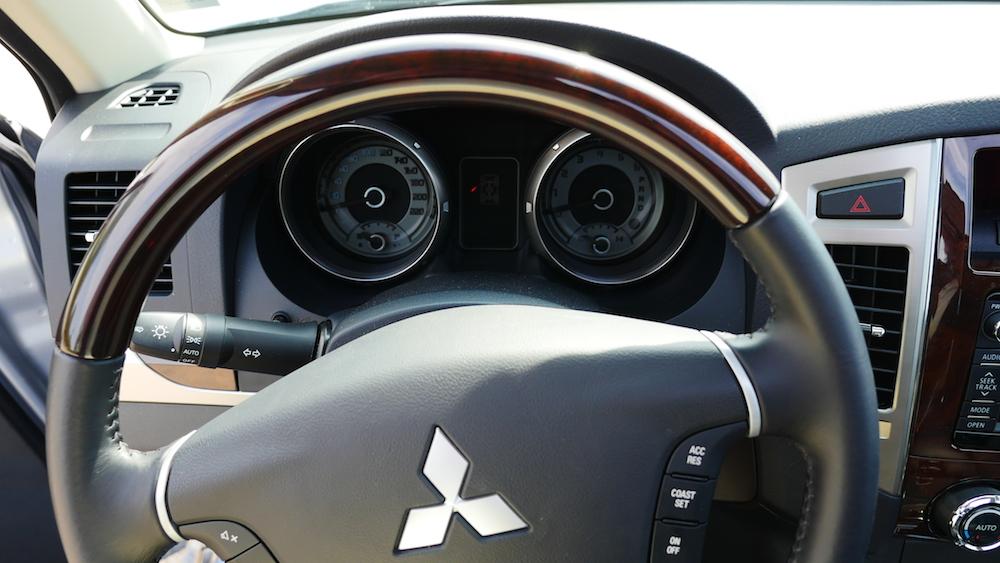 MitsubishiPajero_3tuerer_autogefuehl006