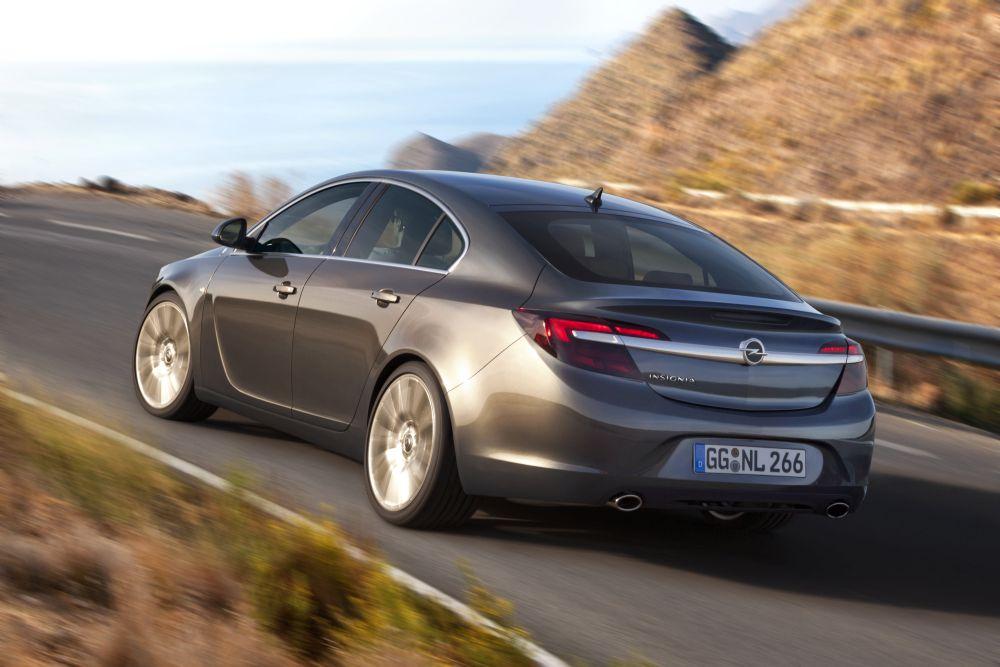 Opel_Insignia_fuenftuerer_Autogefuehl_001