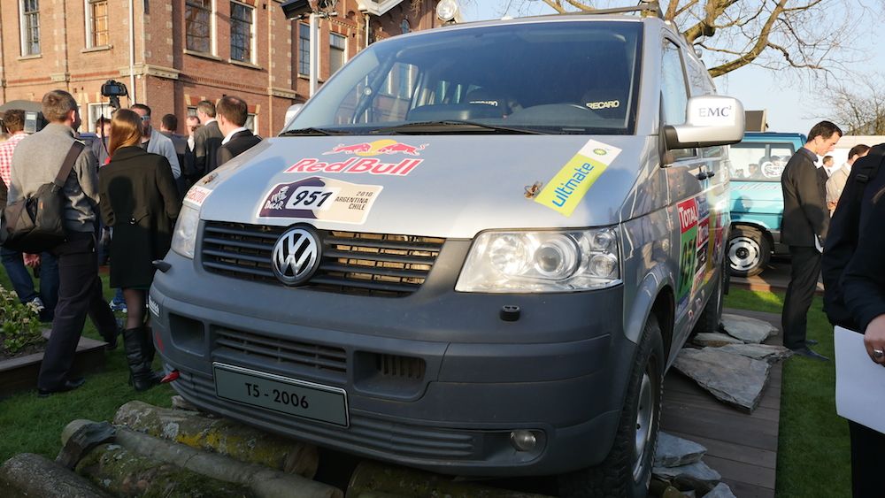 VW_Transporter_T5_2006