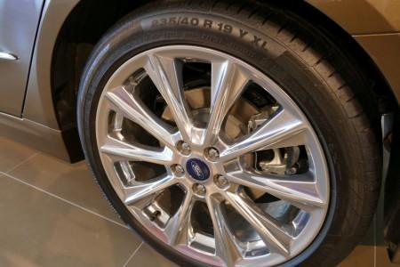 FordMondeoVignale_exterieur_interieur_001