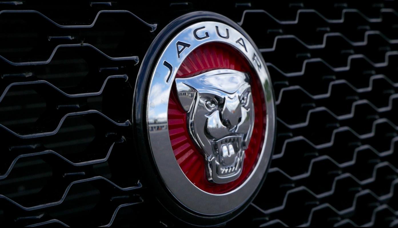 JaguarXE_2016_007