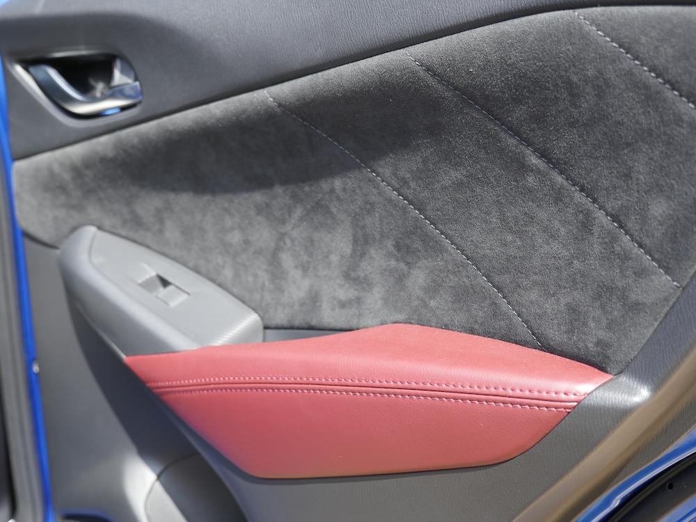 MazdaCX3-sportsline_010