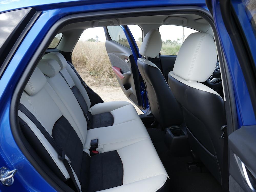 MazdaCX3-sportsline_011