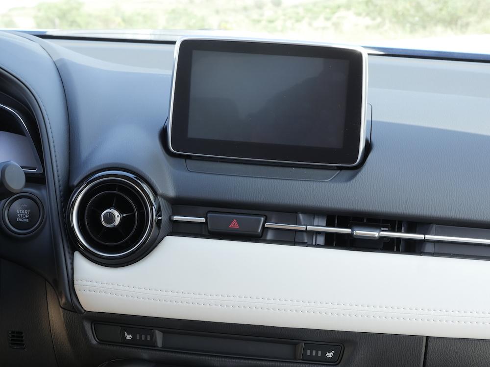 MazdaCX3-sportsline_018