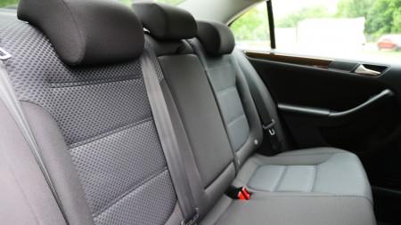 VolkswagenJetta_Facelift_003