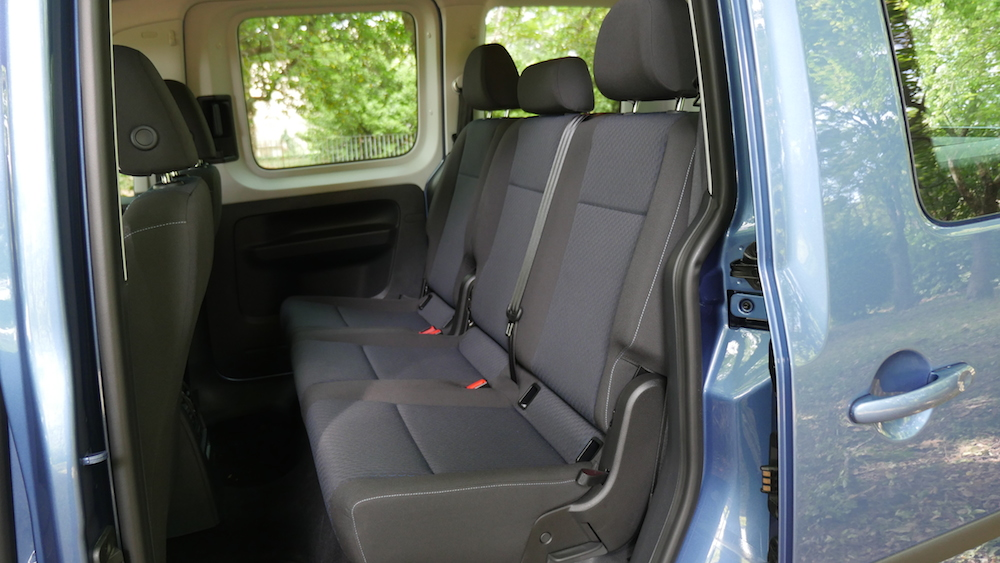 Volkswagen_caddy_2ndgen004