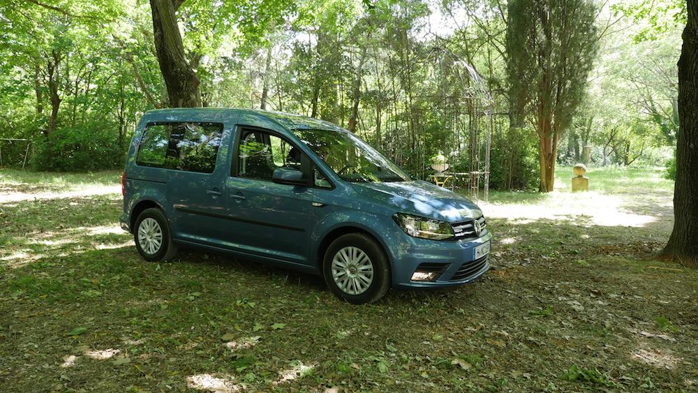 Volkswagen_caddy_2ndgen008