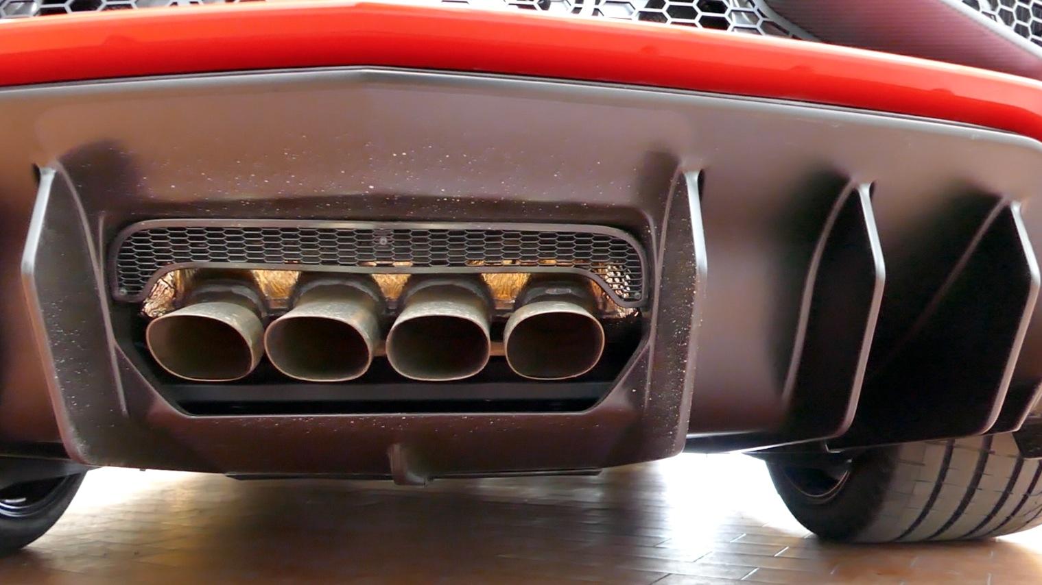 LamborghiniAventador-LP750-4_autogefueh005