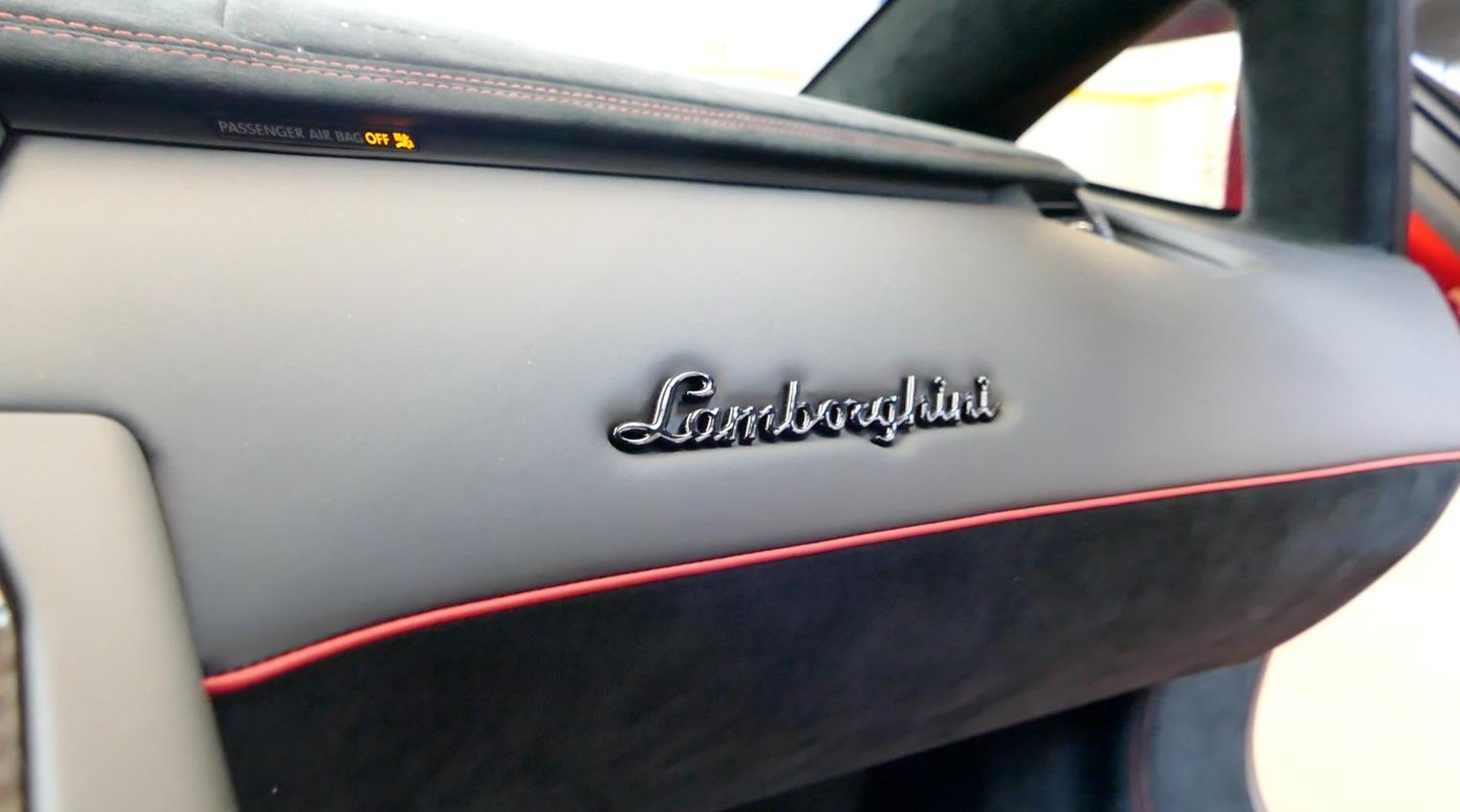 LamborghiniAventador-LP750-4_autogefueh013