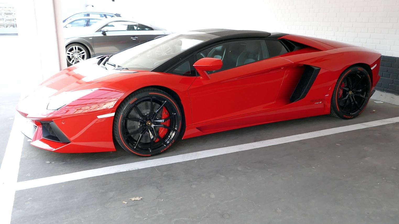 LamborghiniAventador_LP700-4