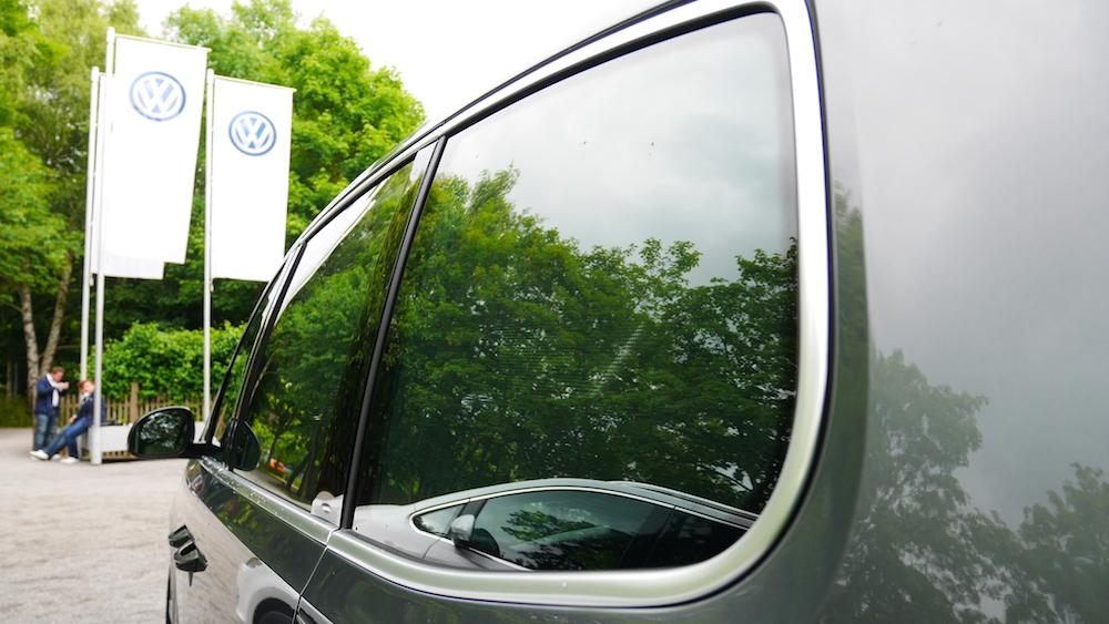VolkswagenSharan_Facelift_005
