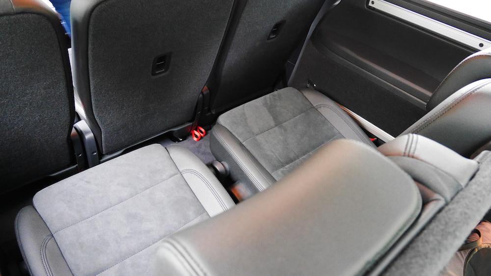 VolkswagenSharan_Facelift_018