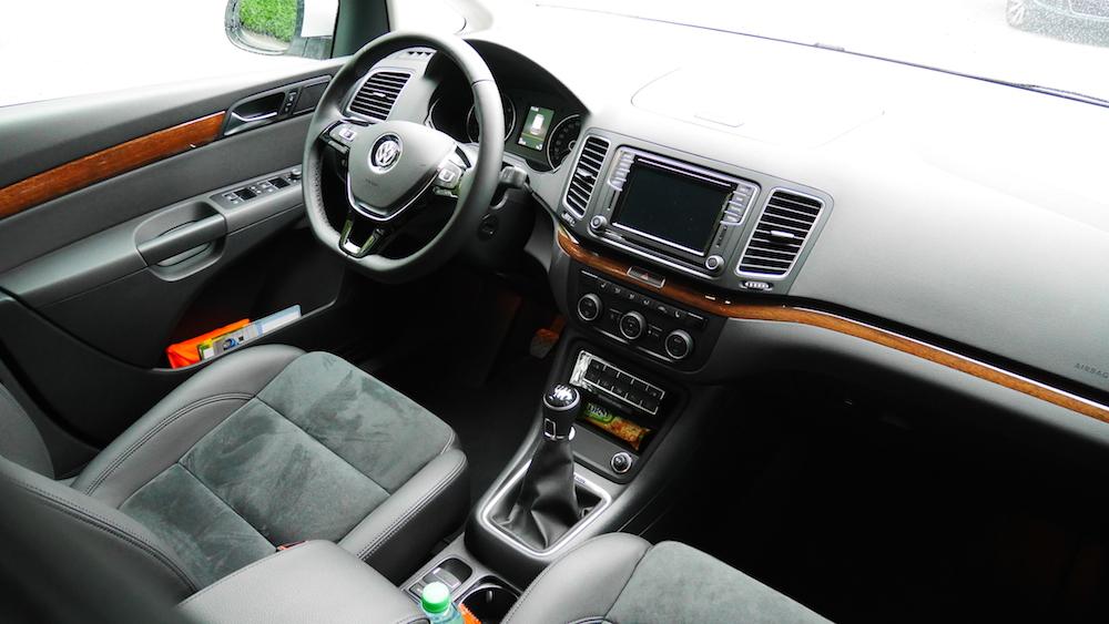 VolkswagenSharan_Facelift_020