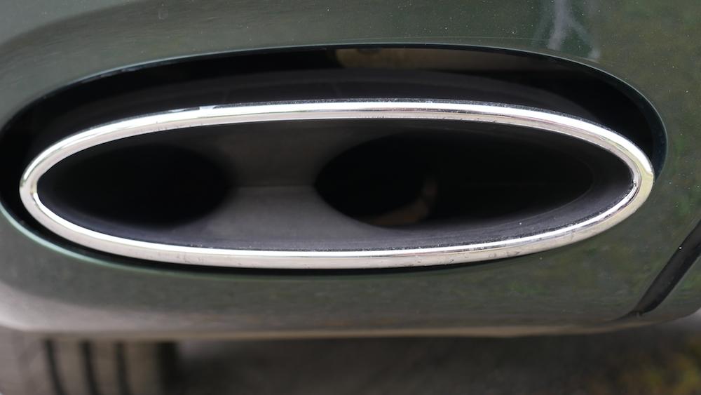 BentleyFlyingSpurW12_autogeufehl_005