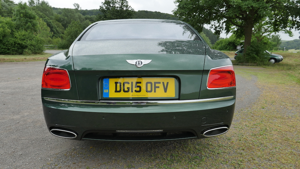 BentleyFlyingSpurW12_autogeufehl_006